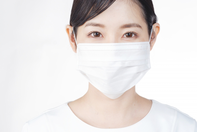 【マスクによる肌荒れ】3つの原因と対策方法を知って、つるん肌へ